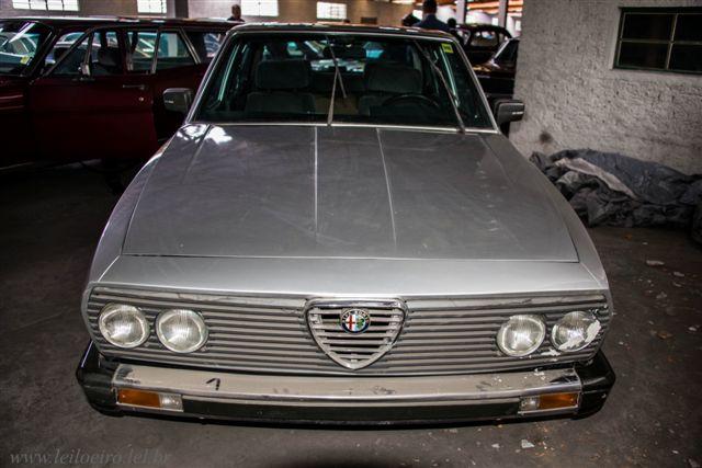 Alfa Romeo 1985 - Leilão de carros antigos Caxias do Sul