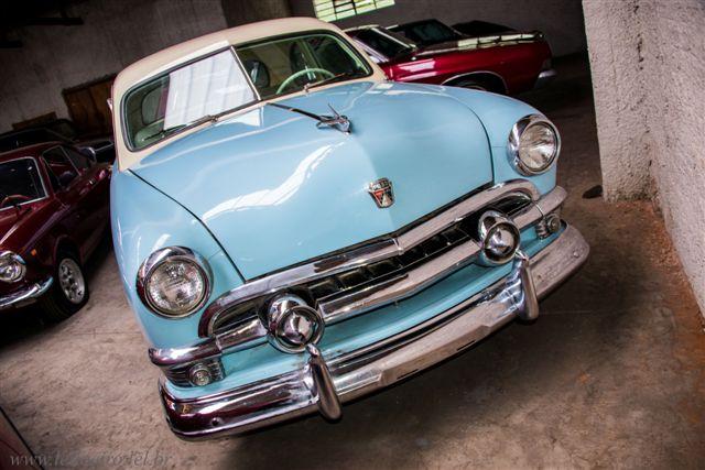 FORD CUSTON V8 1951 - Leilão de carros antigos Caxias do Sul