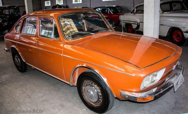 VW TL Dourada - Leilão de carros antigos Caxias do Sul