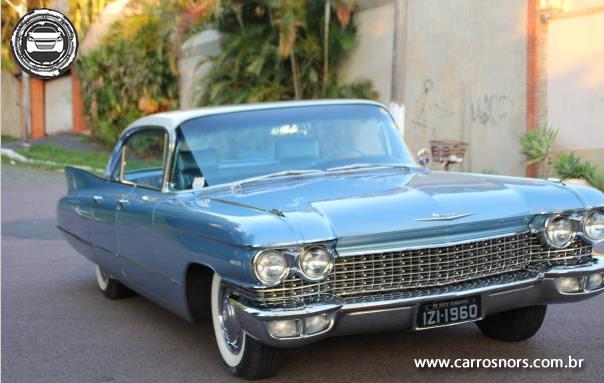 Cadillac Deville com placa preta a venda - Antigo-colecionador